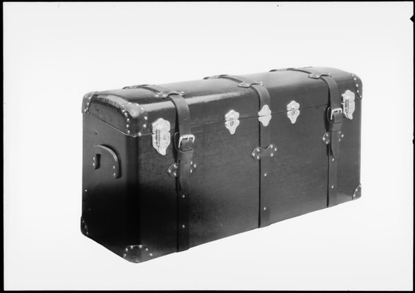 Trunk with rubber strip inside, Southern California, 1927