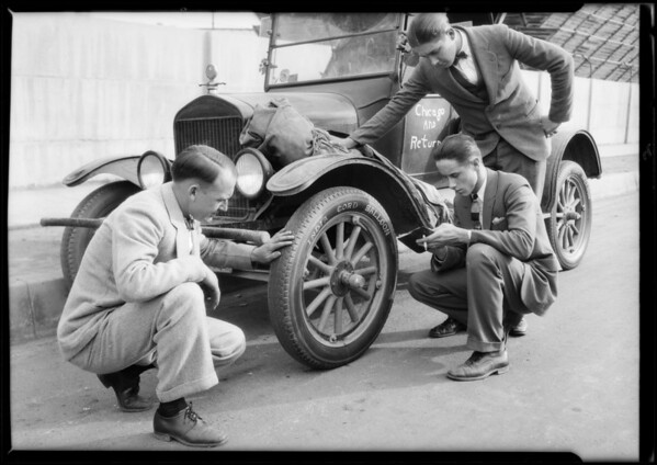 Nelson Price tires on Ford to Chicago & return, Southern California, 1925