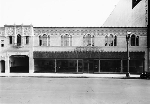 Pierce Auto Sales in Los Angeles County
