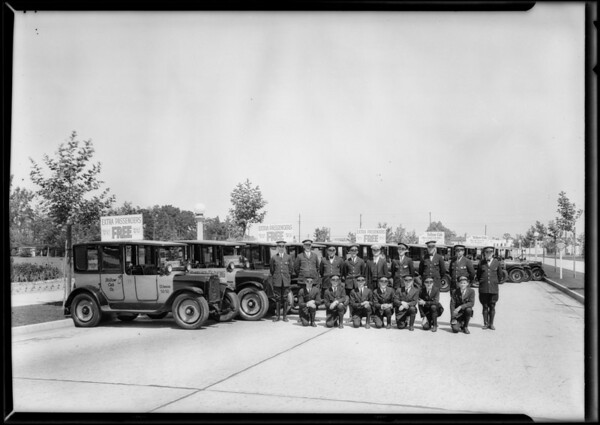 Parade of yellow cabs, Yellow Cab Co., Southern California, 1927