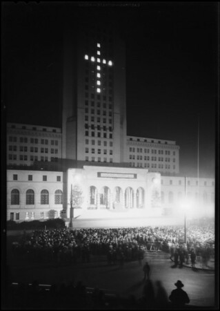 Christmas festival, Los Angeles City Hall steps, Los Angeles, CA, 1930
