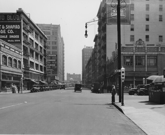 Los Angeles Street, at Eighth Street, California Store Fixture Company, Merchants Exchange Building, office and retail buildings