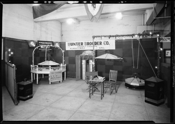 Hunter Brooder Co. booth, poultry show, Southern California, 1930