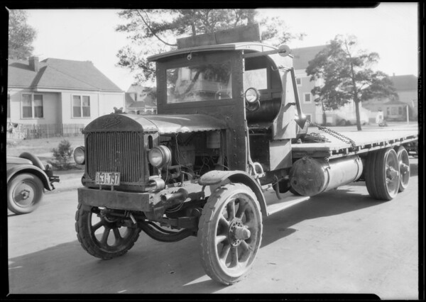Truck - flat bed, Southern California, 1926