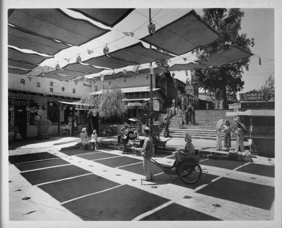 Chinatown in 1948, Chinese Dinners, Golden Phoenix Inn, ricsha ride