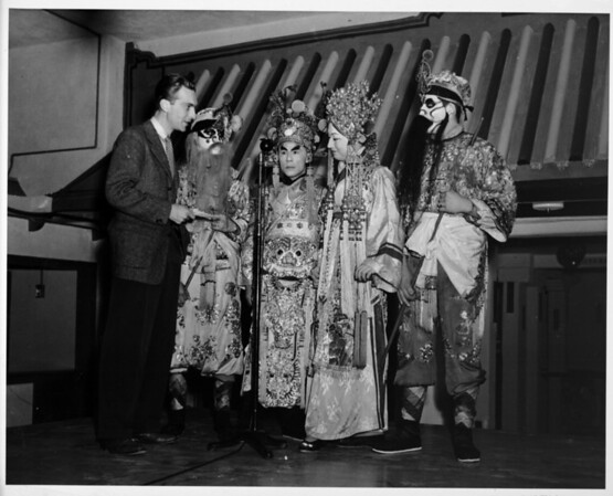 Chinatown 1948, costumes, performers, commentator, people of Chinatown