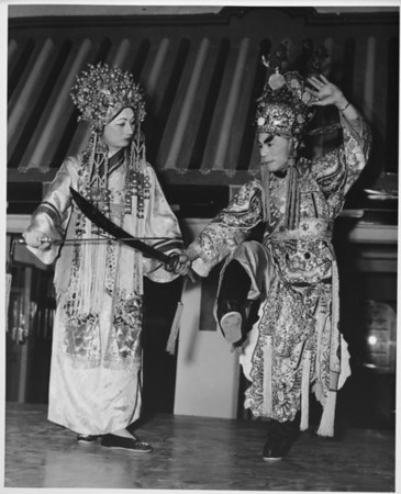 Chinatown in 1948, costumes, perfomances, people of Chinatown