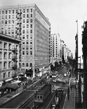 Looking east on Seventh Street past the Union Oil Building