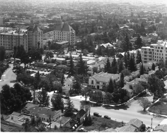 A high-angle view of a residential area in Hollywood
