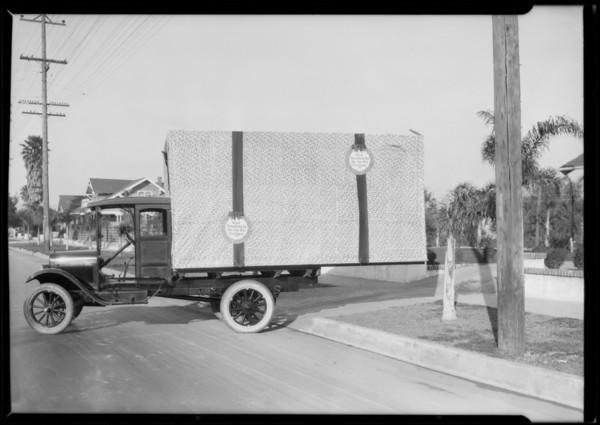 Chevrolet Christmas box, Southern California, 1925
