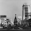 Wilshire Boulevard facing east at Ridgeley Drive during the holiday season at 2:25pm (see the Columbia clock at Wilshire Boulevard and Dunsmuir Avenue)