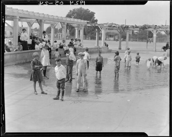 Bathing pool, Exposition Park, Los Angeles, CA, 1924