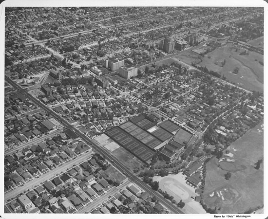 Aerial view of Los Angeles Tennis Club