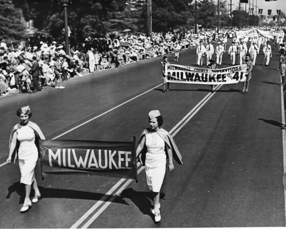 Representatives of Milwaukee in the American Legion Parade