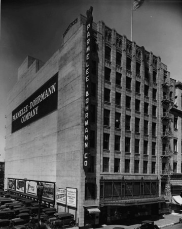 Parmelee - Dohrmann Company Department Store located near Flower Street and Eighth Street