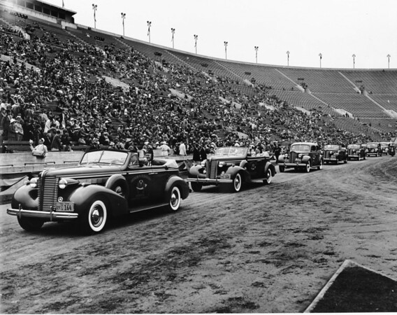 Shrine parade at Coliseum featuring cavalcade led by George F. Olendorf, Imperial Assistant Rabban