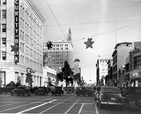 Looking down the traffic jammed streets of Hollywood Boulevard from the intersection of Cahuenga Boulevard, ca.1936-1958
