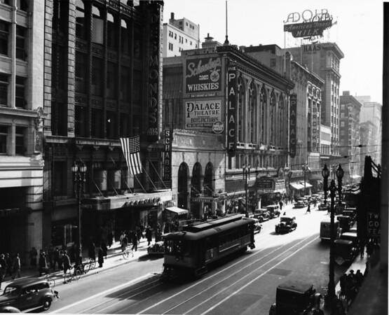 Fox Palace Theater, Brooks Store, Lankershim, HAAS Building, Adohr Milk Building, Desmond's, Schaber, Garland Building, 1937