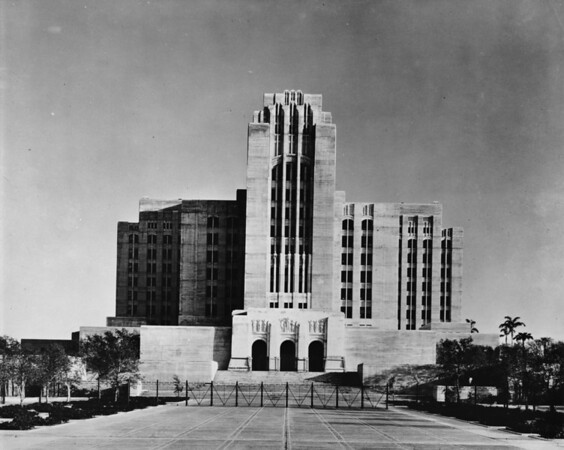 Los Angeles County Hospital on State Street in east Los Angeles