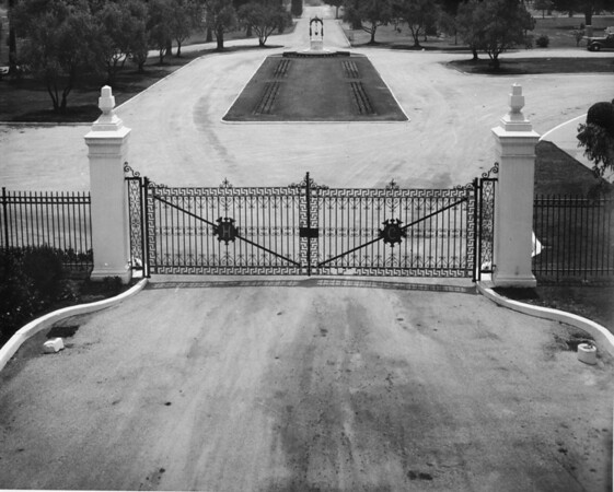 High-angle shot of the entrance into the Hollywood Cemetery