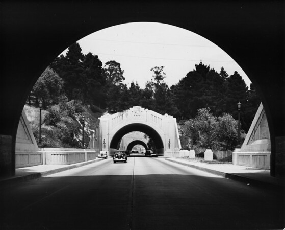 Tunnels / underpasses on Figueroa Street just east of Elysian Park and Chavez Ravine on the future path of the Pasadena Freeway (US-110)