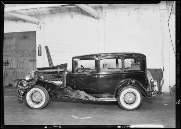 Case of Gross vs. Stephenson, Chrysler sedan, A.M. Gross assured Durant sedan, Stephenson, owner, Southern California, 1933