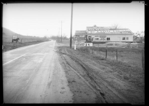 Ed Martin's Garage, 1 & 6/10 miles north of Malibu, Southern California, 1934
