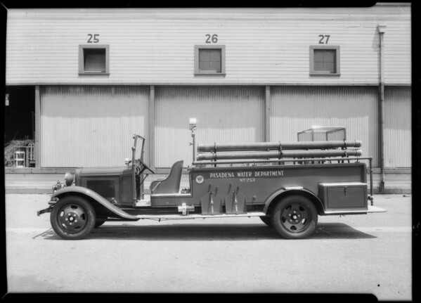 Pasadena Water Department truck, Southern California, 1932