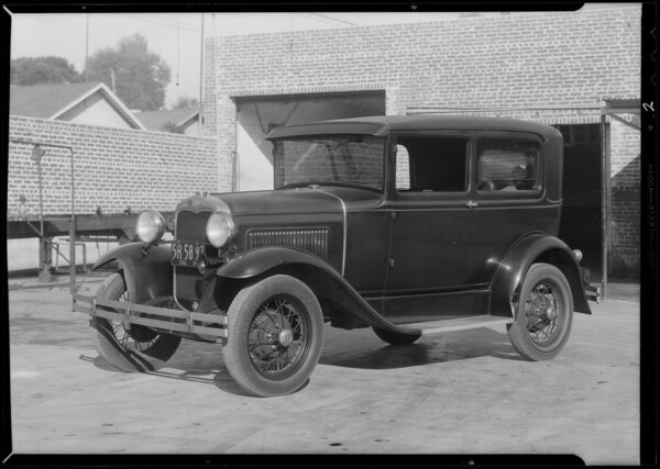 Ford sedan, H.E. Koonz, owner, Southern California, 1931