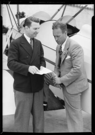 Frank Hawks, Chris Henderson, etc., Municipal Airport [Los Angeles International Airport], Los Angeles, CA, 1933