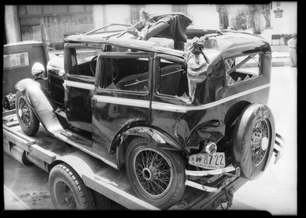 Essex wrecked, Annathz, assured, Southern California, 1932