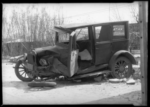 Chevrolet sedan, Southern California, 1932