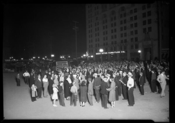 Crowd at West Washington Boulevard and South Hill Street, Los Angeles, CA, 1932