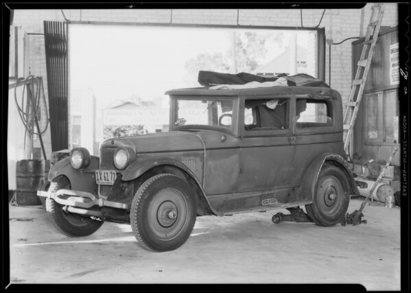 Nash sedan, Southern California, 1932