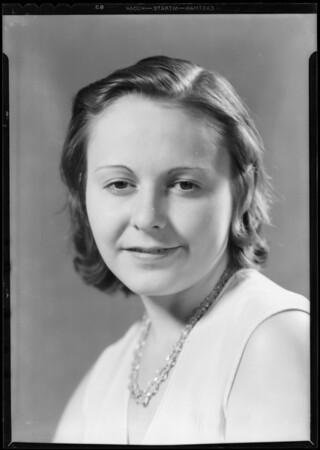 Portrait of lady in bakery department, La Salle market, Southern California, 1932