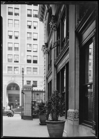 Window in E.A. Pierce Company offices, 515 West 6th Street, Los Angeles, CA, 1931