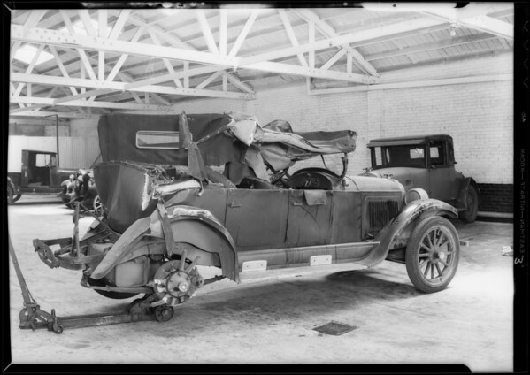 Willys Knight, G.G. Harrotunian, owner, Southern California, 1932
