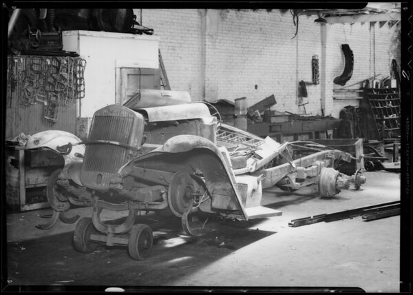 Wrecked truck, Southern California, 1933