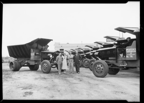Fleet of McCutchen Transportation Company trucks, Vernon, CA, 1932