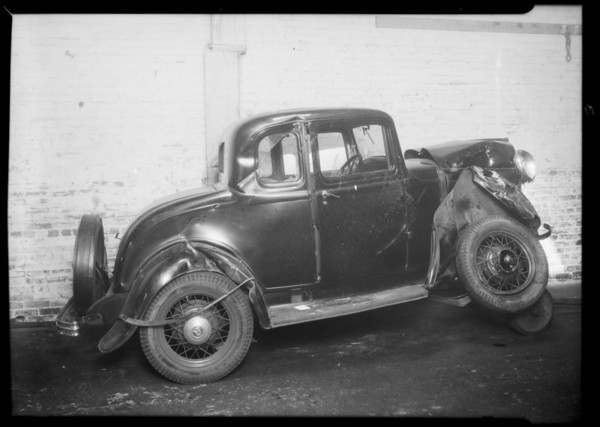 Ford coupe, Carl Roe, owner, Southern California, 1934