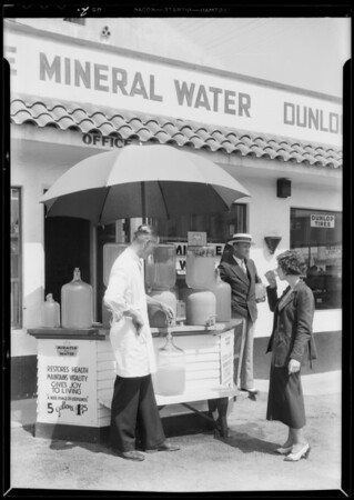 Water sales stand, Southern California, 1932