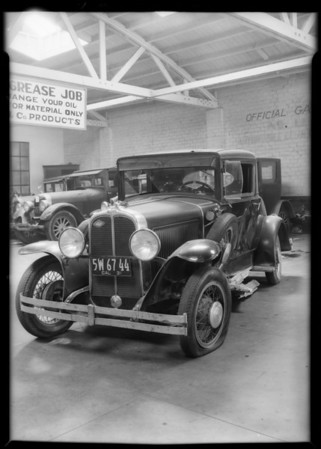 Pontiac coupe wreck, Southern California, 1931