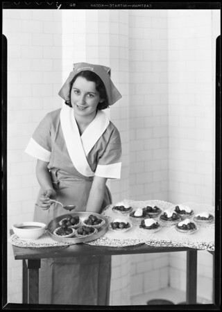 Strawberry tarts, Southern California, 1932