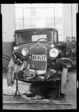 Ford sedan, Alfred Morgan, owner & assured, Ford roadster, H.W. Hal, owner, Southern California, 1934