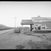 Ed Martin's Garage, 1 & 6/10 miles north of Malibu, Southern California, 1934