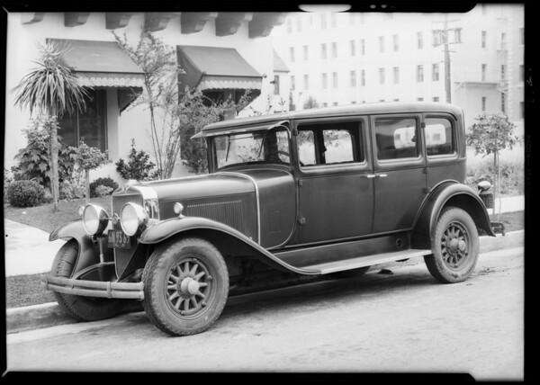 La Salle sedan, Mr. Lipton, owner, Southern California, 1931