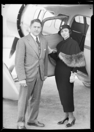 Jimmy Haigsly and wife publicity for Air Races, Southern California, 1933