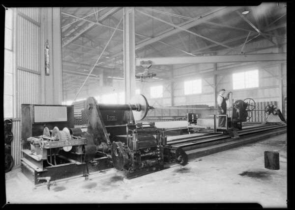 Pipe wrapping machine, Southern California, 1931