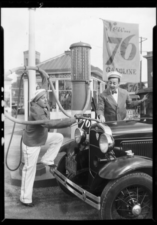 Black & Harris at service station, Southern California, 1932
