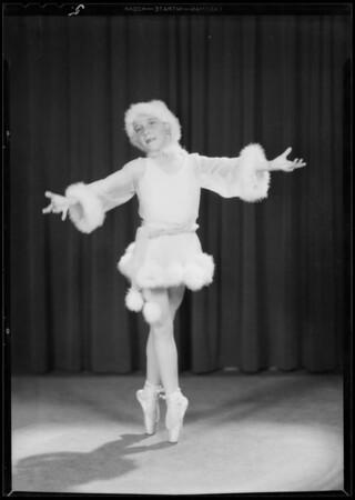 Mrs. Pallard and dancing girl, Southern California, 1931